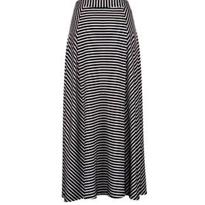 Comfy Black and White Striped Maxi Skirt